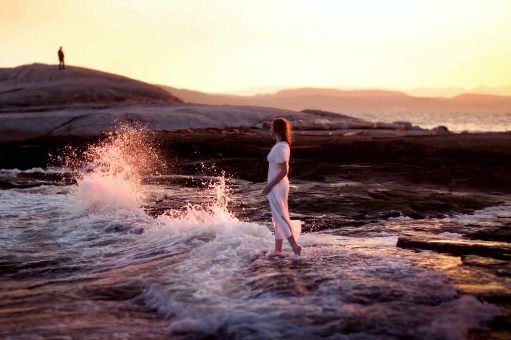 people mood women females girls babes redheads men males shore beaches waves ocean sea wallpaper