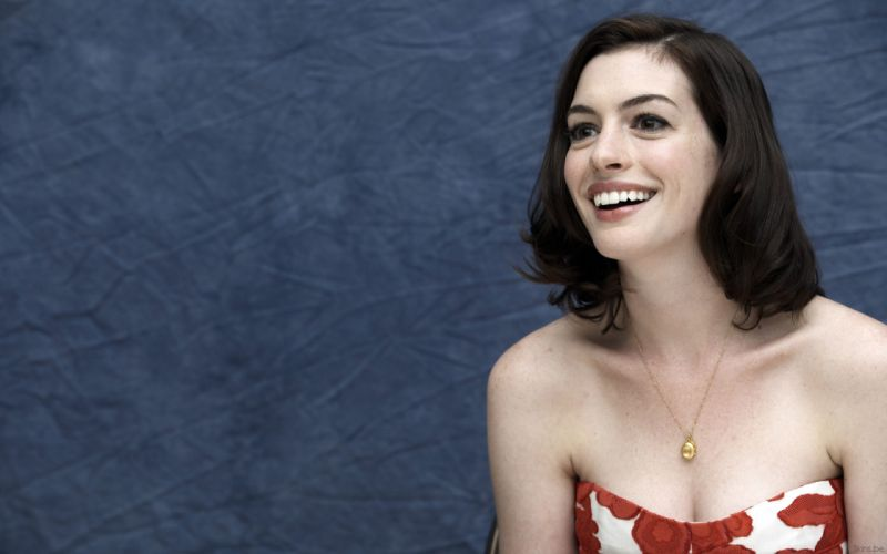 Anne Hathaway actress women females girls sexy babes face eyes n wallpaper