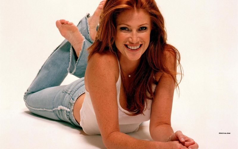Angie Everhart actress model redhead face eyes women females girls sexy babes wallpaper