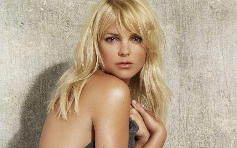 Anna Faris actress blondes women females girls sexy babes face eyes wallpaper