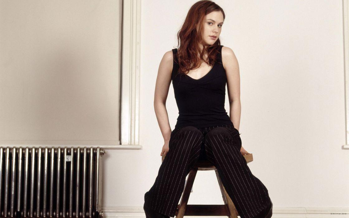 Anna Paquin actress women females girls sexy babes     d wallpaper