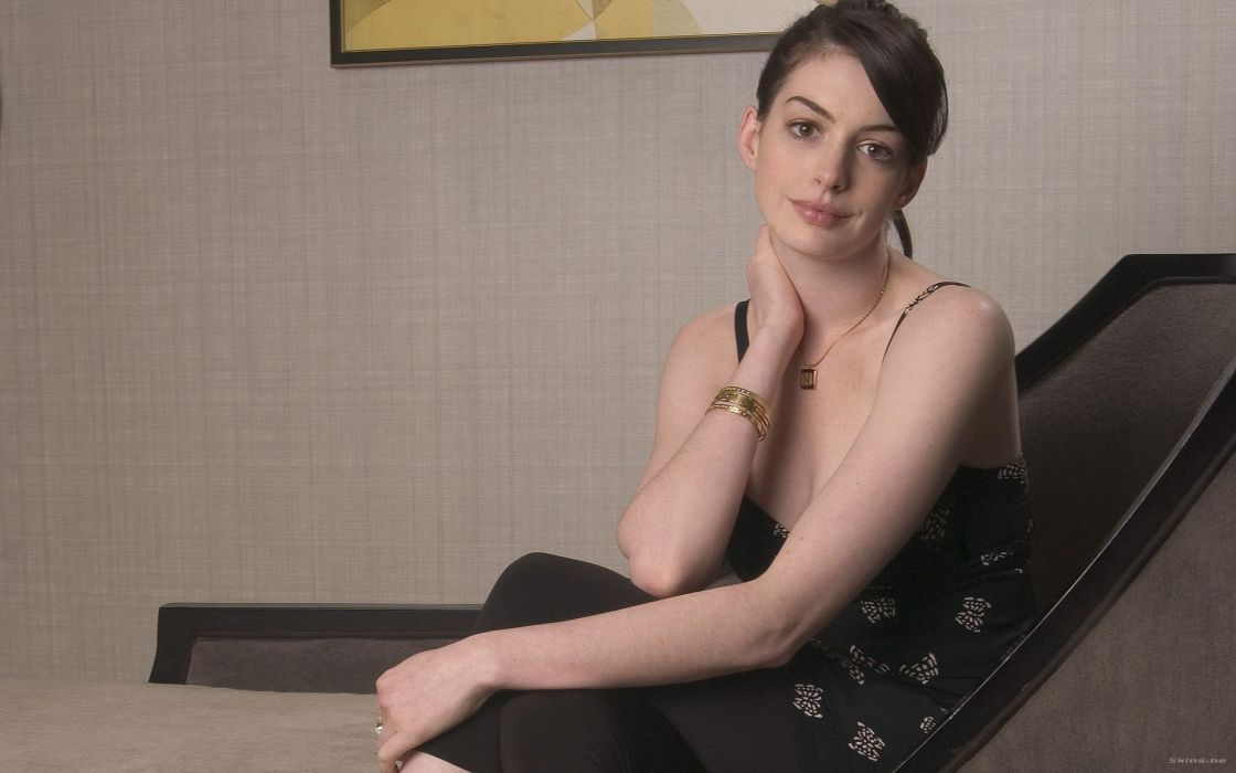 Anne Hathaway actress women females girls sexy babes face eyes       f wallpaper