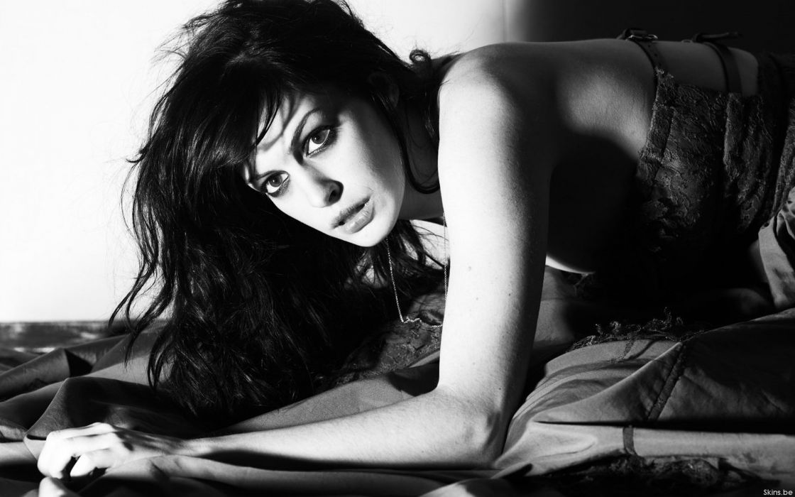 Anne Hathaway actress women females girls sexy babes face eyes black white face eyes monochrome wallpaper