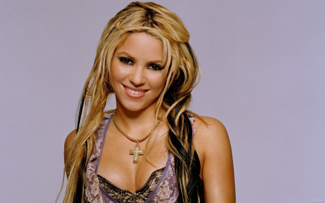 Shakira singer musician blondes women females girls sexy babes face eyes cleavage       d wallpaper