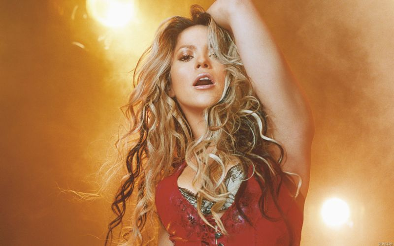 Shakira singer musician blondes women females girls sexy babes face eyes cleavage legs m wallpaper