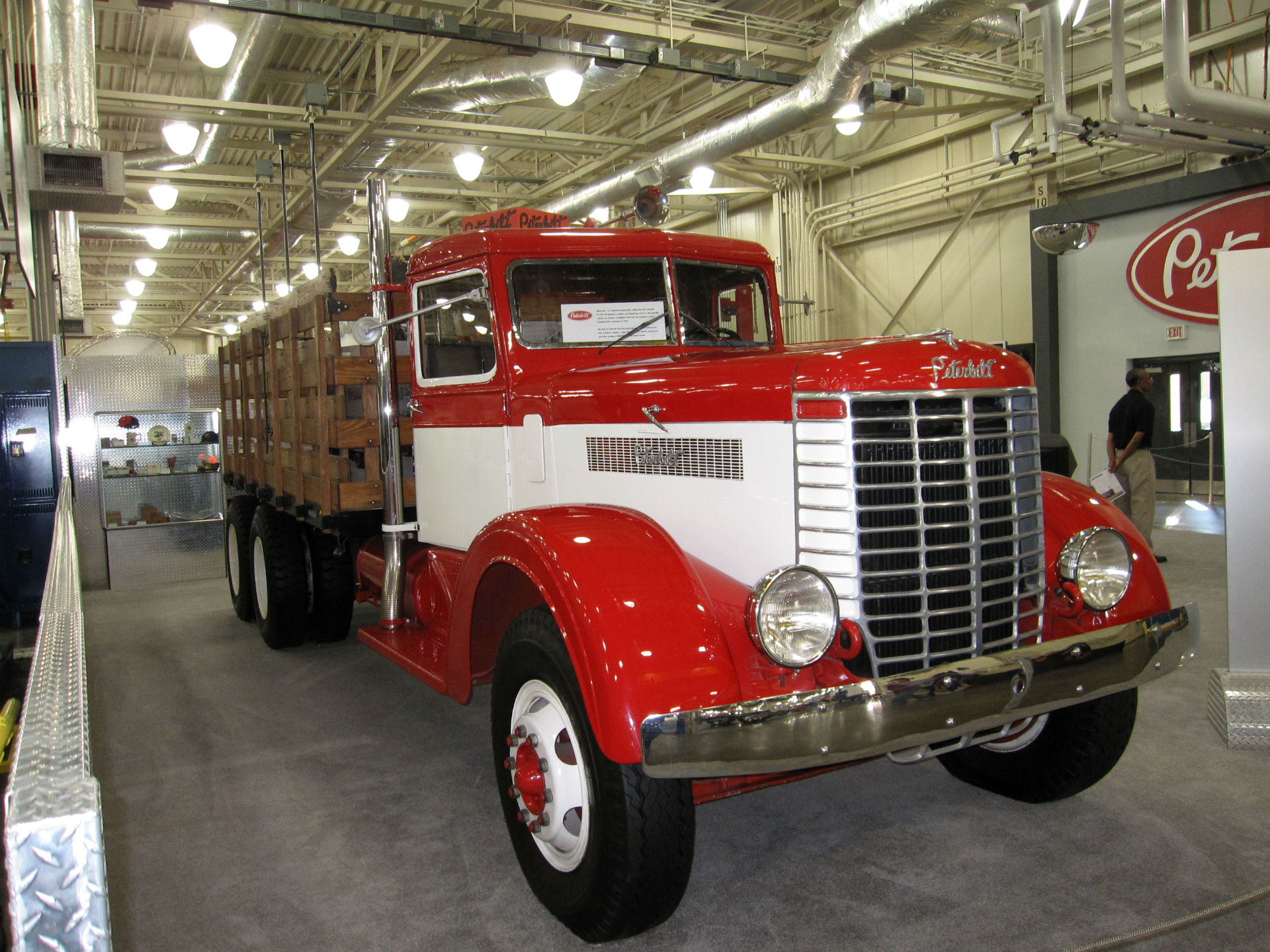 peterbilt semi trucks tractor rigs wallpaper 1920x1440 53865 wallpaperup. Black Bedroom Furniture Sets. Home Design Ideas