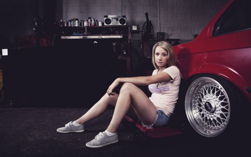 blondes women vintage cars models sitting tuning disk girls with cars wallpaper