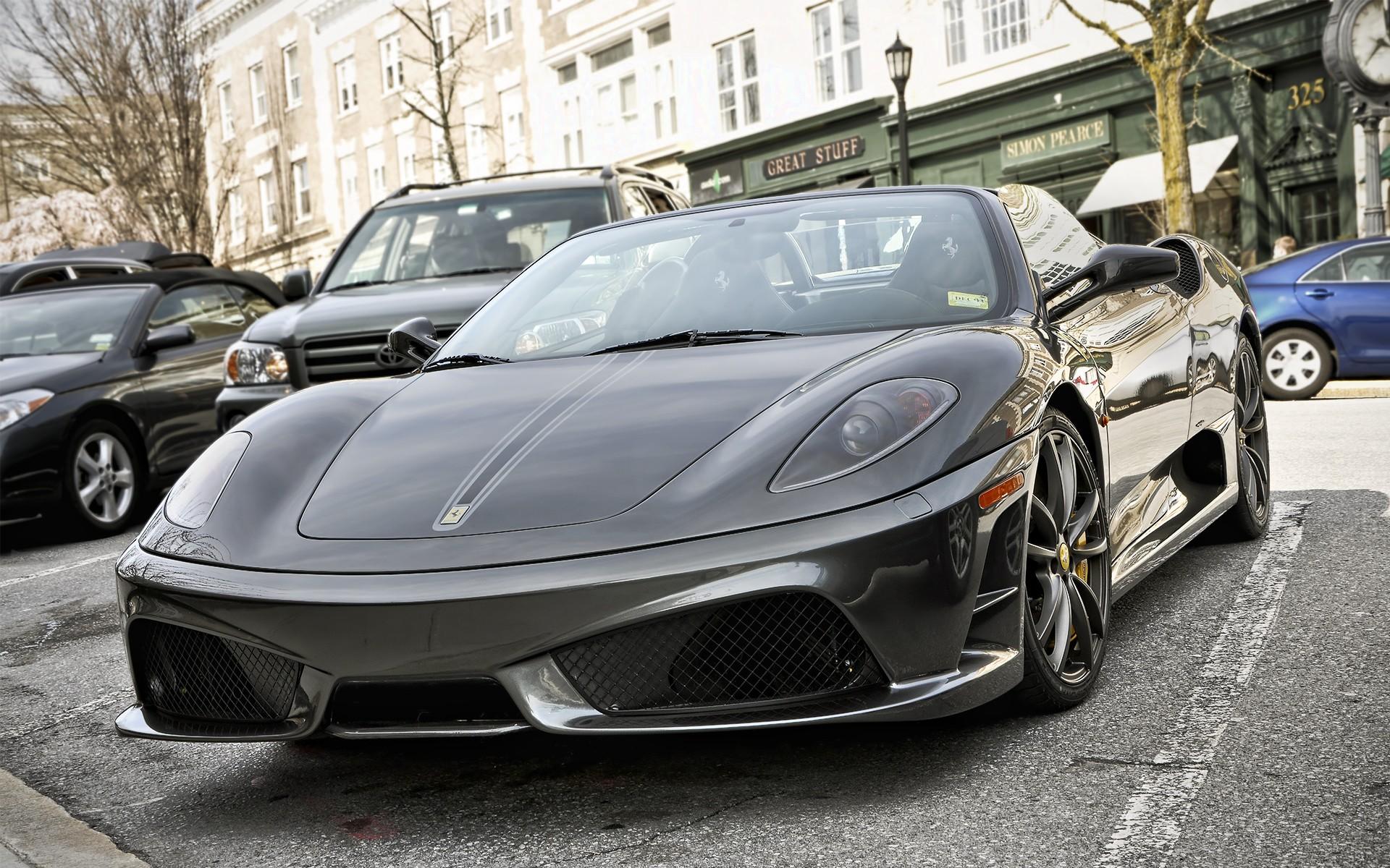Black Ferrari F430 Scuderia
