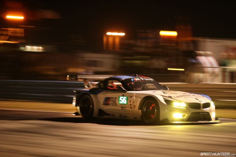 BMW Z4 Race Car Glowing Brakes Motion Blur Night racing roads tuning wallpaper