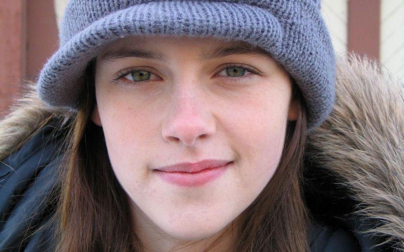 women Kristen Stewart faces wallpaper