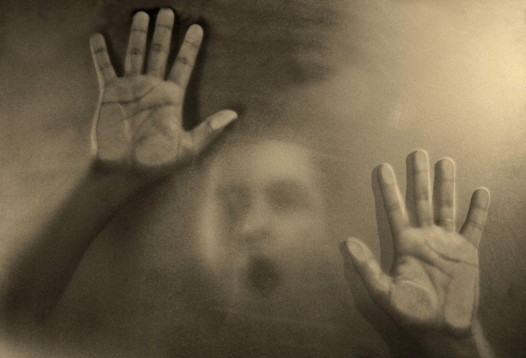 Hands Creepy Blur dark horror scream mood face wallpaper