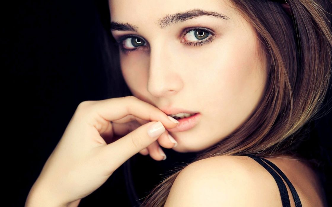 mood brunettes face eyes models women females girls babes sexy wallpaper