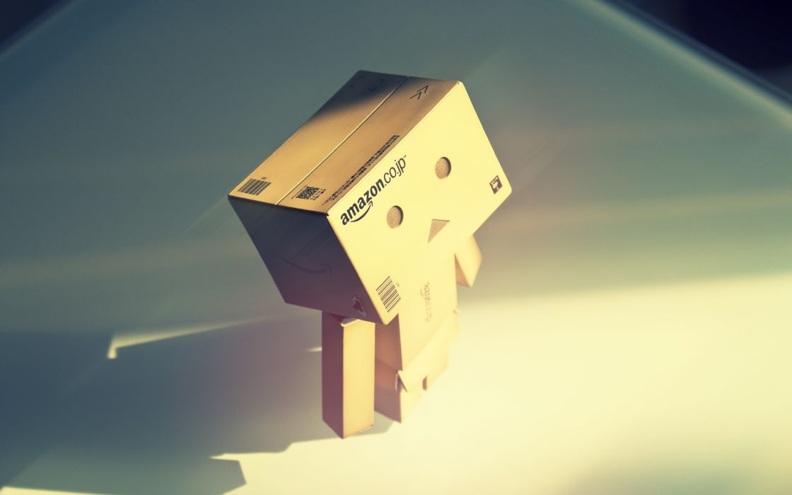 Danboard carton amazon FILSRU wallpaper