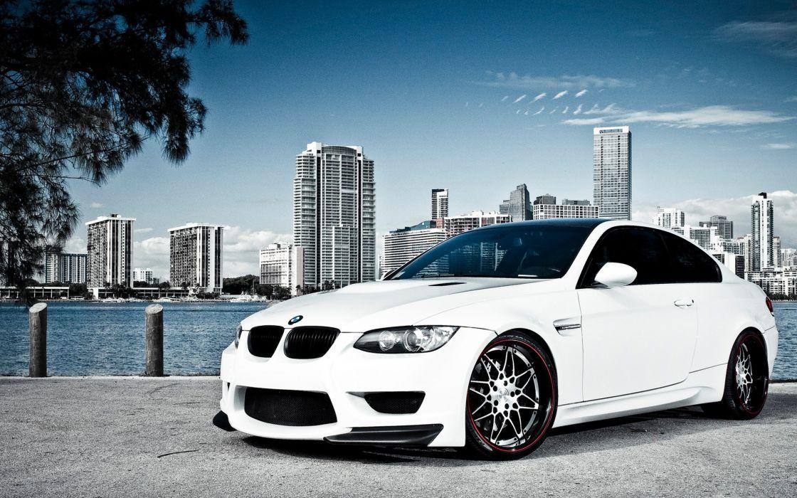 white Miami BMW M3 wallpaper