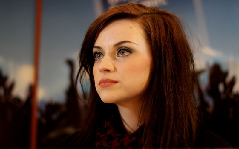 women celebrity singers faces Amy MacDonald wallpaper