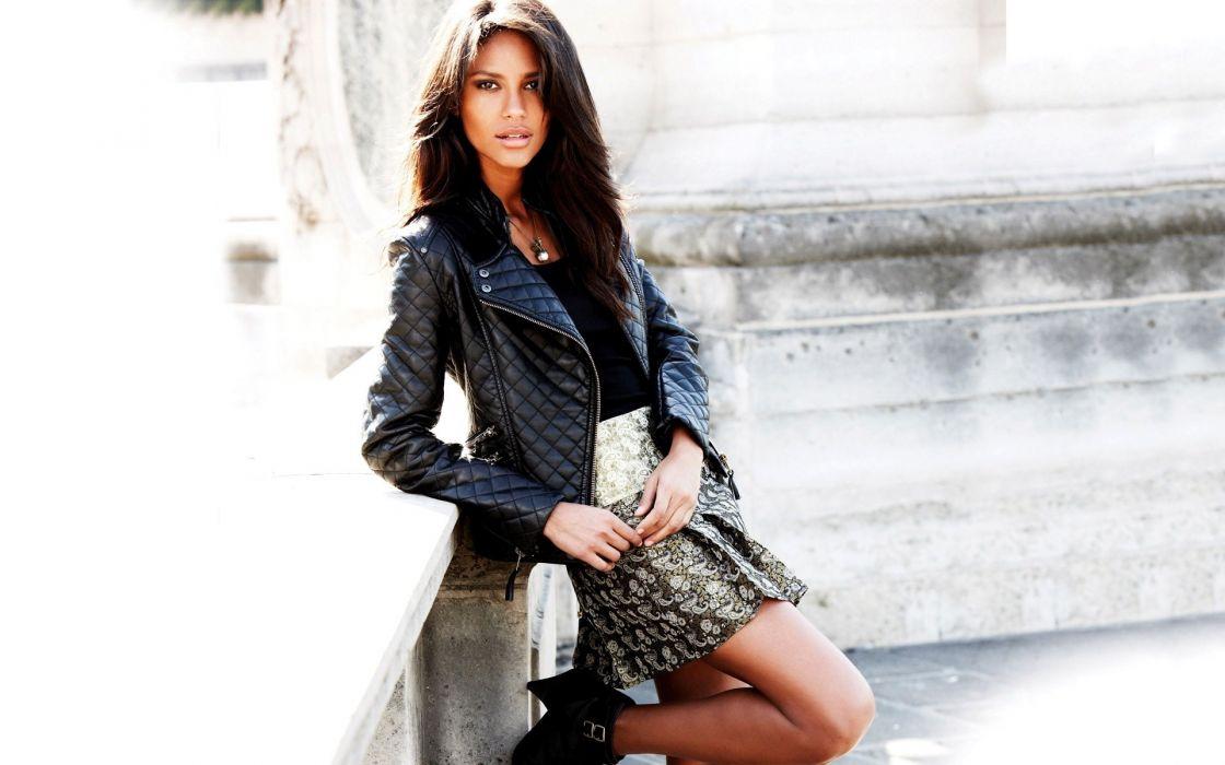 brunettes women fashion Emanuela de Paula black hair wallpaper