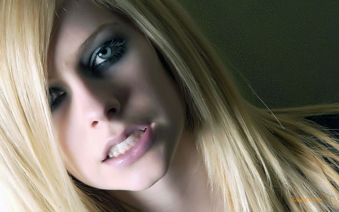 women Avril Lavigne models wallpaper