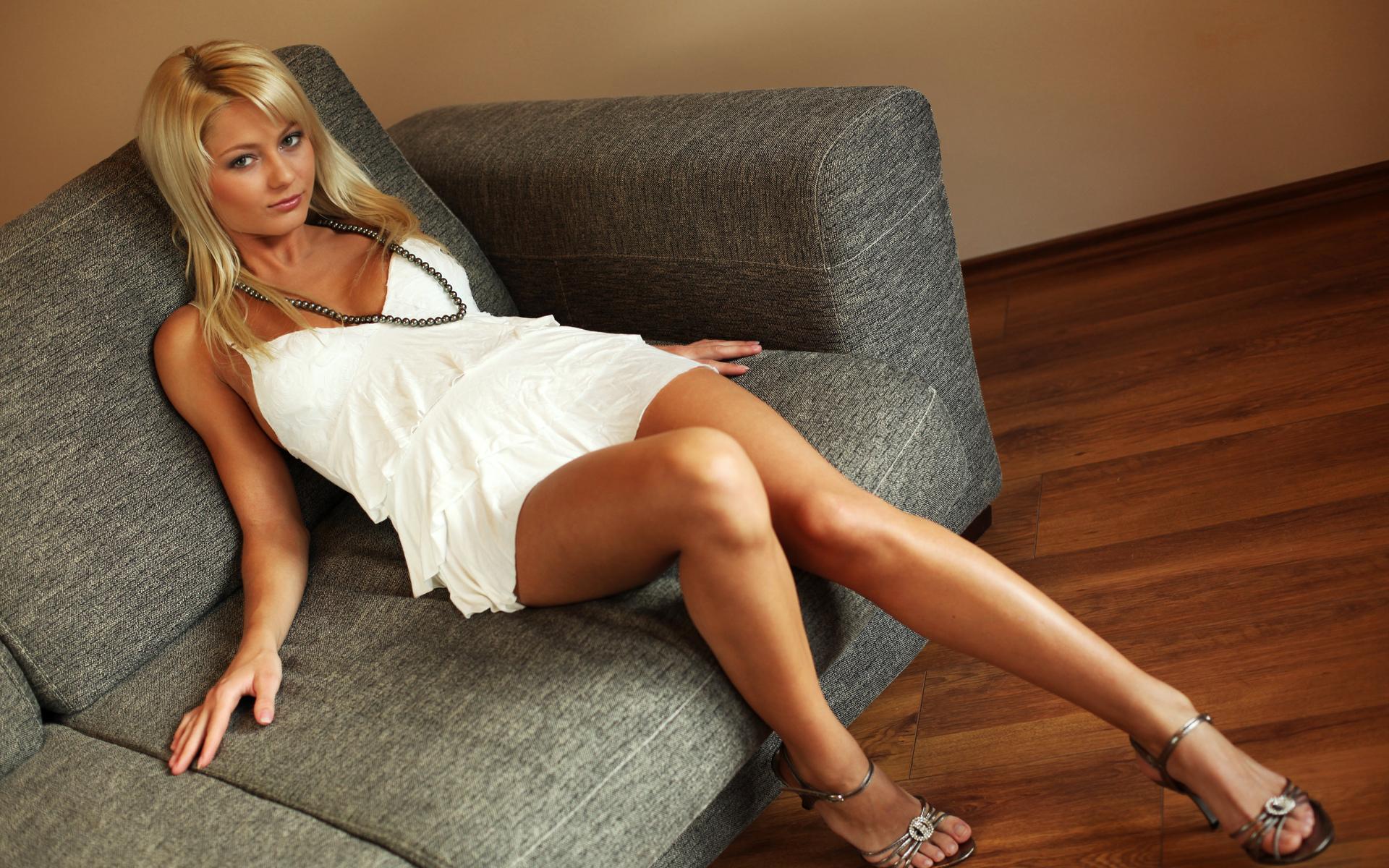 Секс с молоденькой мамой блондинкой в hd