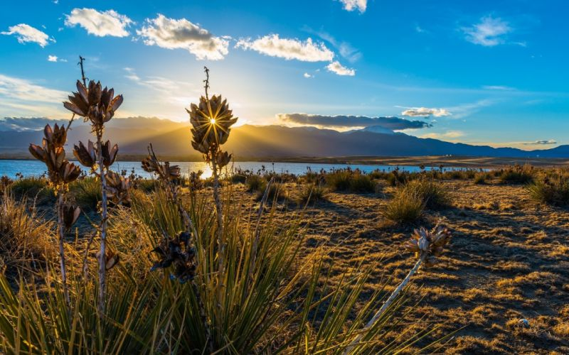 grass lake sun nature clouds mountains landscapes sunset sunrise sky clouds lakes wallpaper