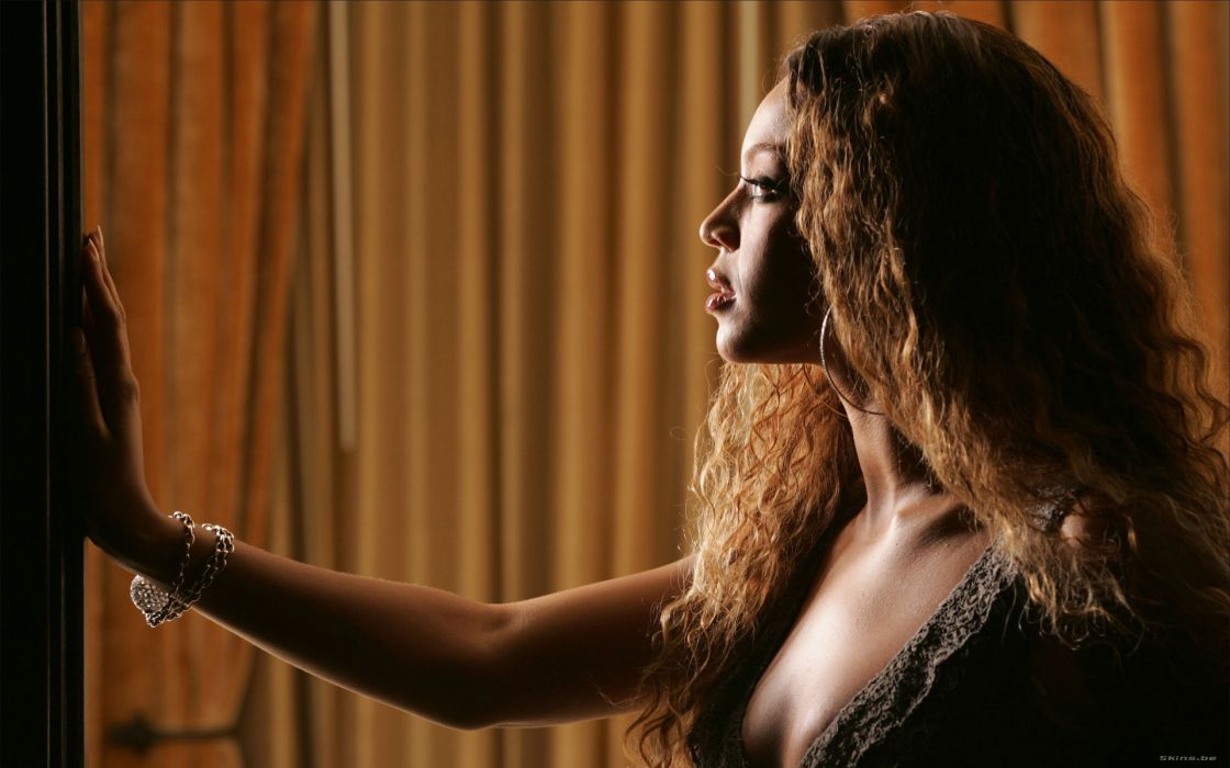 Beyonce Knowles hip hop singer musician women females girls sexy babes       r wallpaper