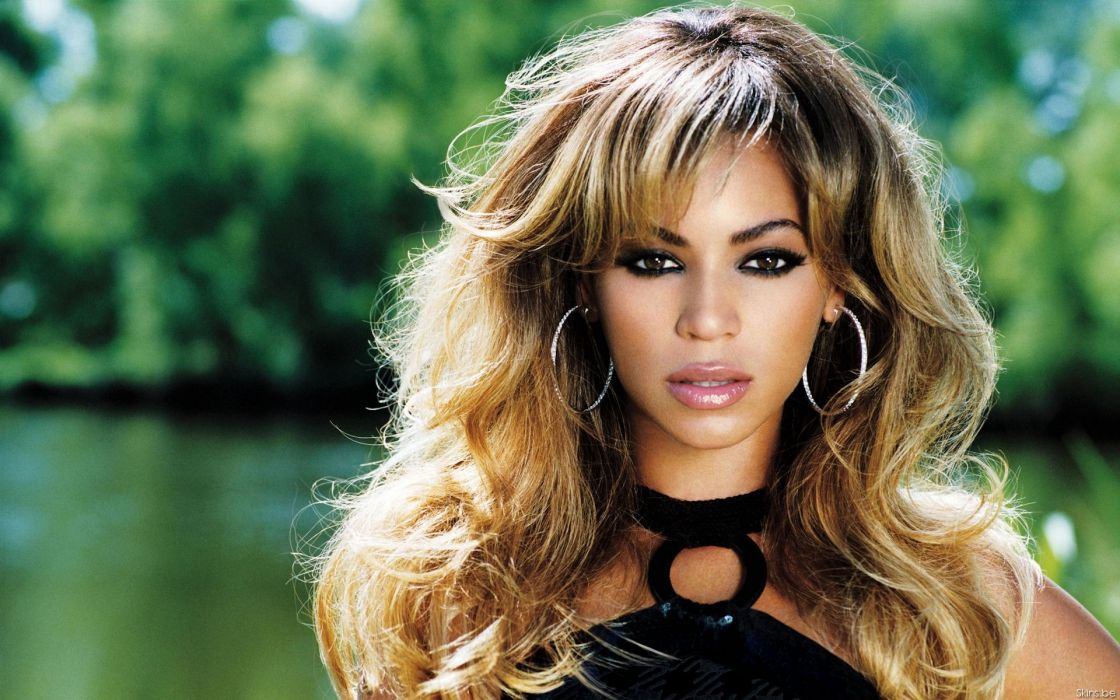 Beyonce Knowles hip hop singer musician women females girls sexy babes face eyes       a wallpaper