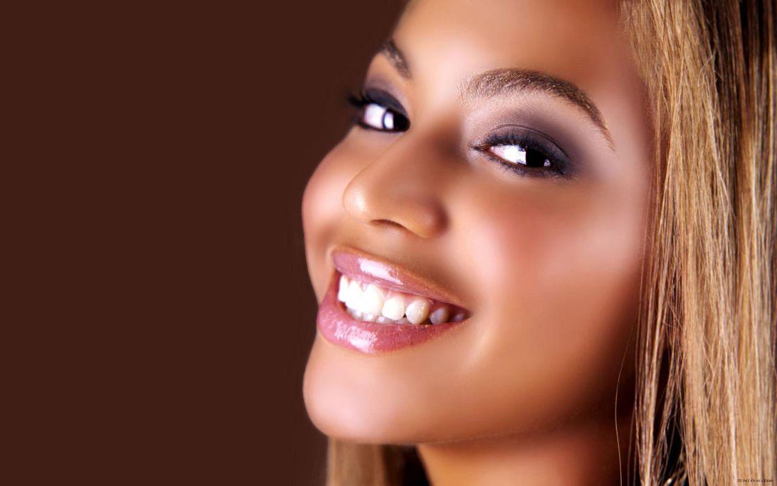 Beyonce Knowles hip hop singer musician women females girls sexy babes face eyes       d wallpaper