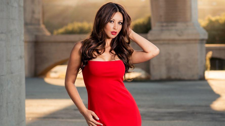 Melyssa Grace Dress Back Brunette model cleavage face eyes women females girls sexy babes d wallpaper