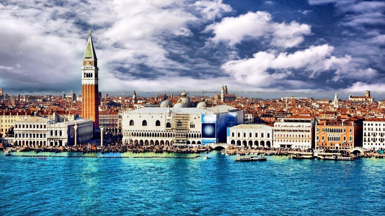 buildings Venice Italy bright colors view wallpaper