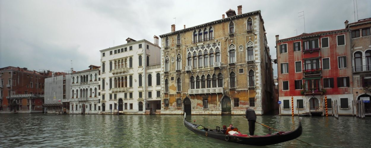 cityscapes Venice Italy canal buildings boats wallpaper