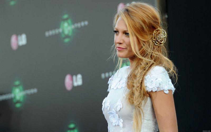 Blake Lively actress model blondes women females girls sexy babes face eyes g wallpaper