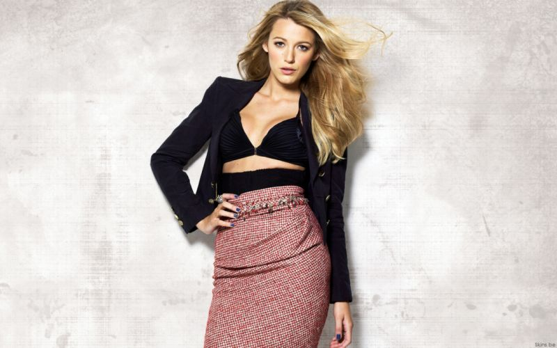 Blake Lively actress model blondes women females girls sexy babes face eyes cleavage d wallpaper