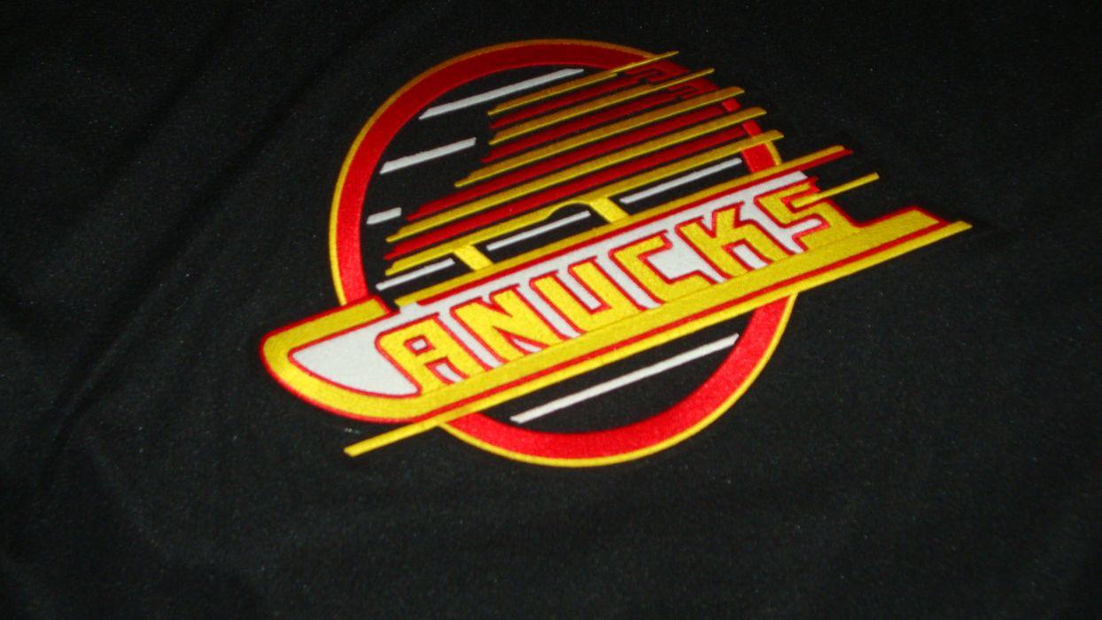 Vintage Hockey Nhl Crest Jersey Skates Vancouver Canucks