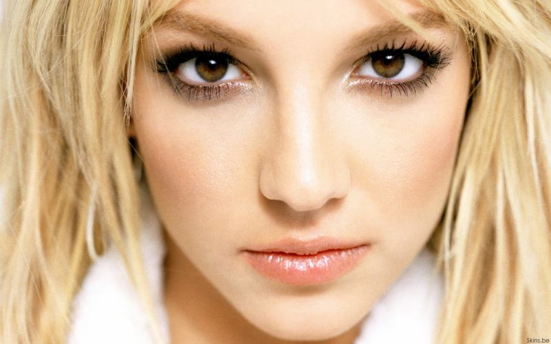 Britney Spears singer musician blondes women females girls sexy babes face eyes lips wallpaper