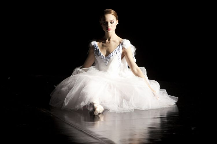 Natalie Portman Nina Black Swan wallpaper