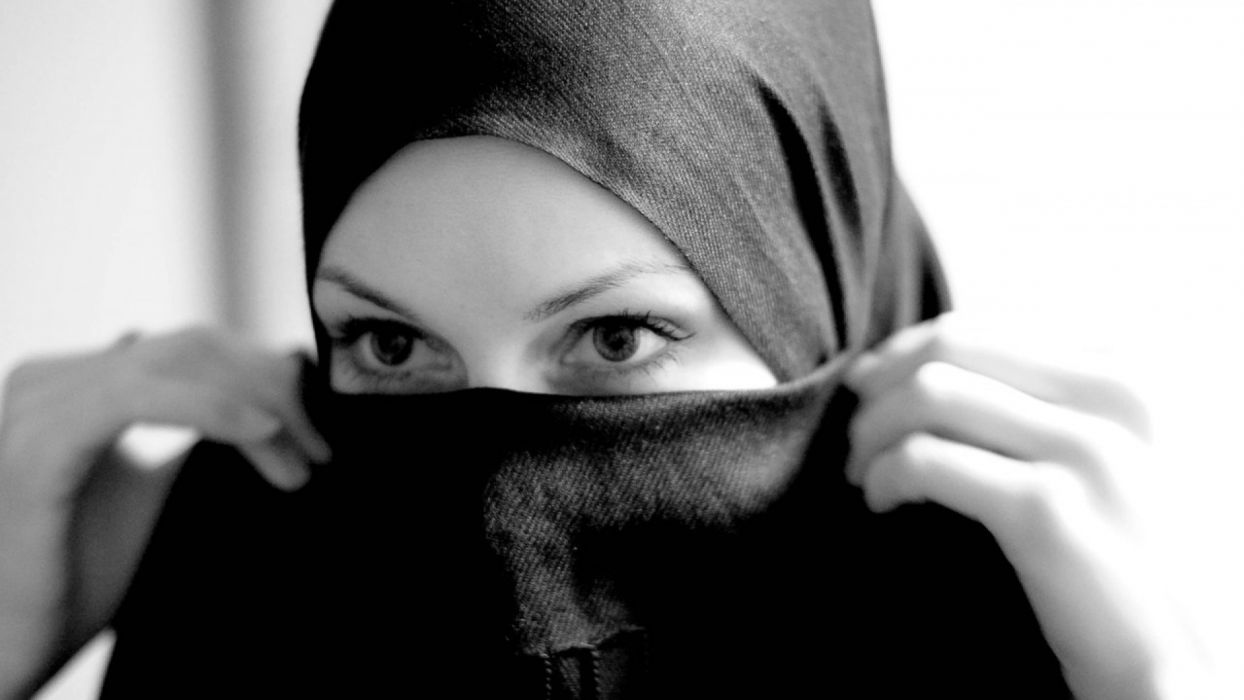 women hijab wallpaper