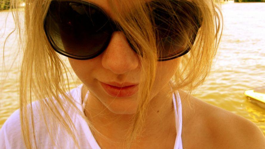 blondes women music Taylor Swift wallpaper
