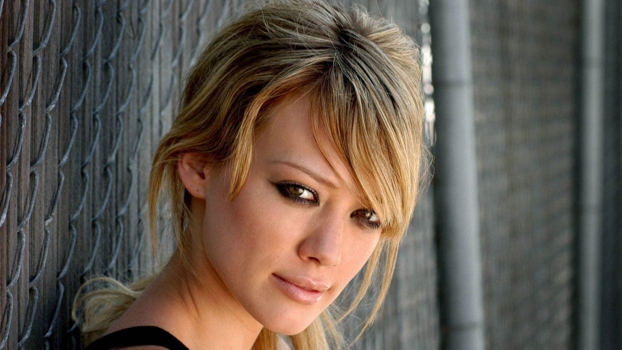 blondes women wall actress Hilary Duff faces wallpaper