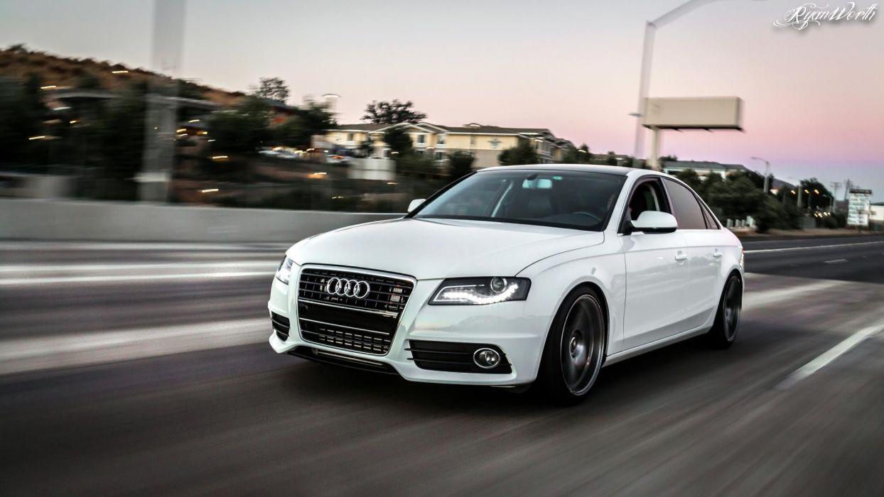 Audi RS4 wallpaper
