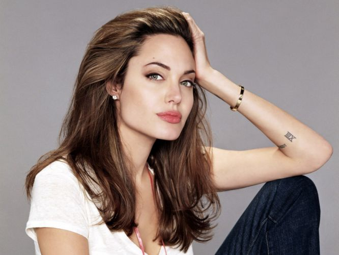 brunettes actress Angelina Jolie wallpaper
