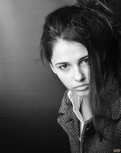 brunettes women grayscale monochrome dark eyes faces Naomi Scott wallpaper