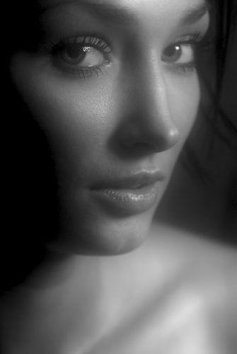 women monochrome faces wallpaper