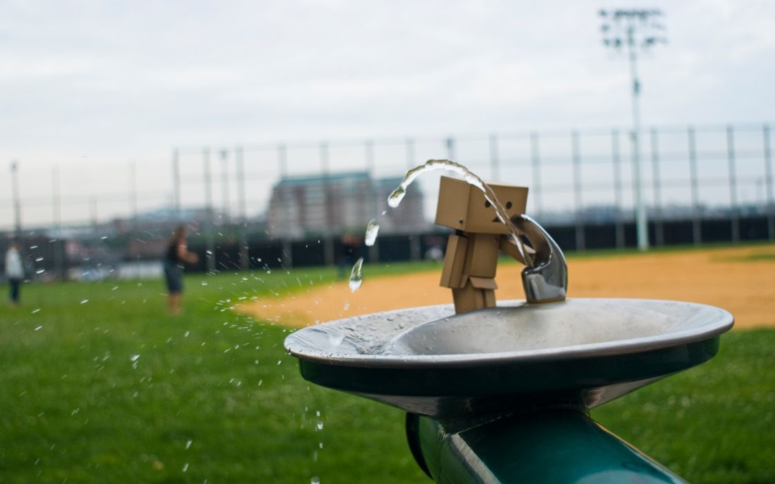 Danboard water fountain baseball field wallpaper