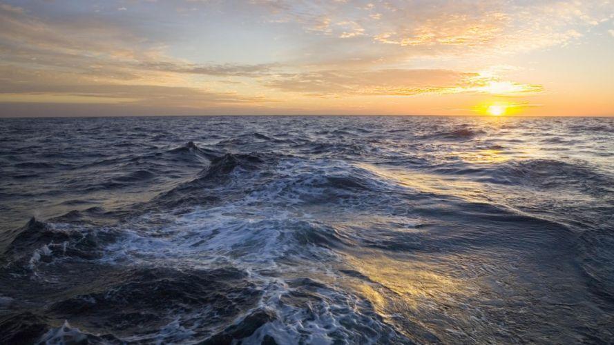 Sun waves sea wallpaper
