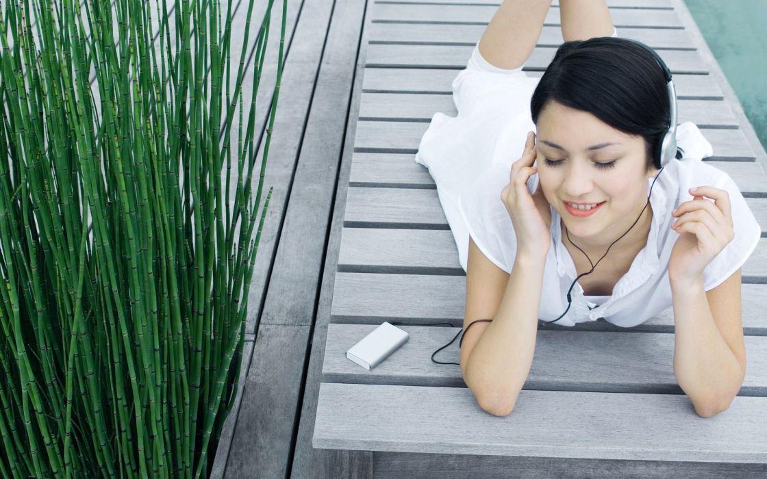 headphones women nature music outdoors wallpaper