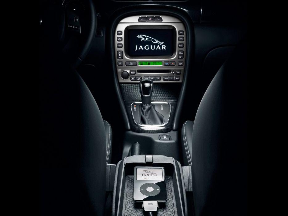 Jaguar console wallpaper