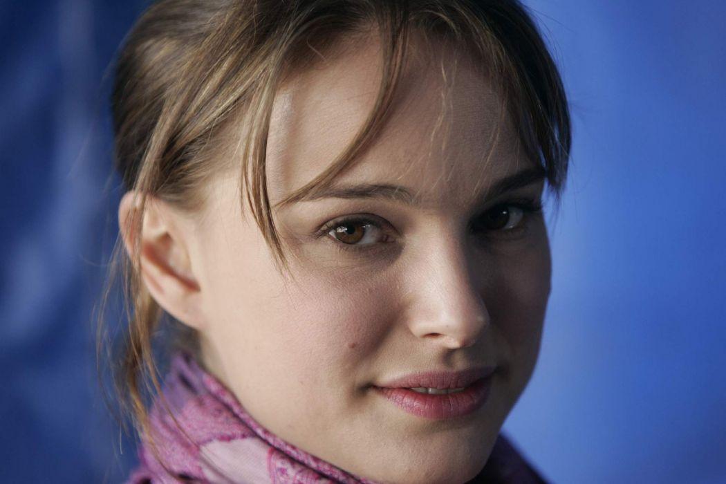 women actress Natalie Portman faces wallpaper