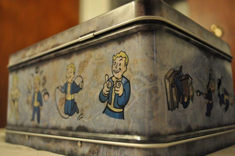 Fallout case Vault Boy wallpaper