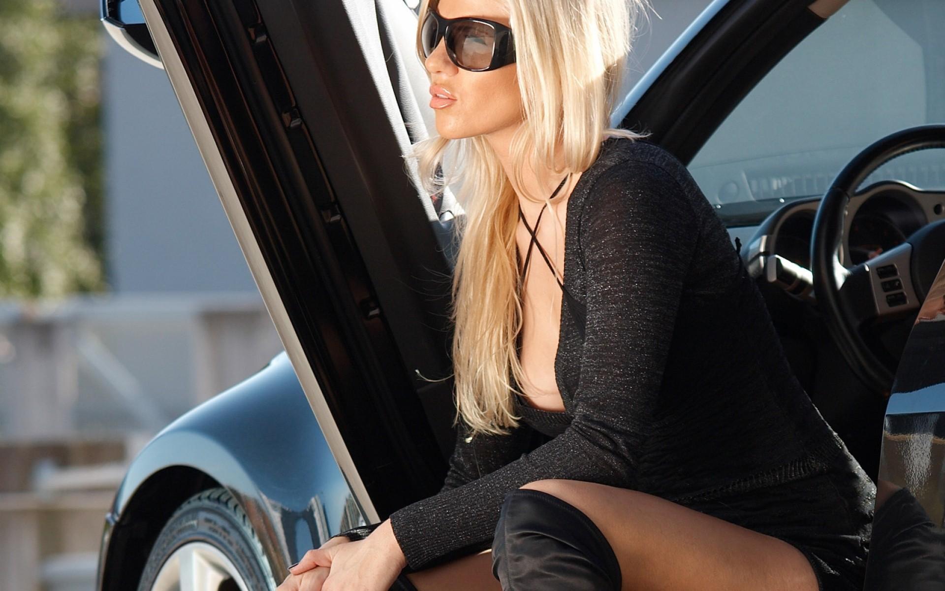 фото блондинок девушек в нижнем белье