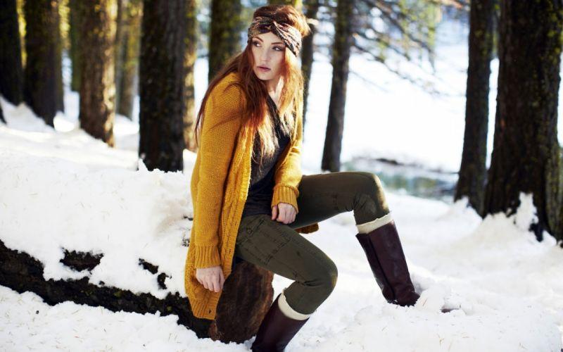 Danielle girl snow wallpaper