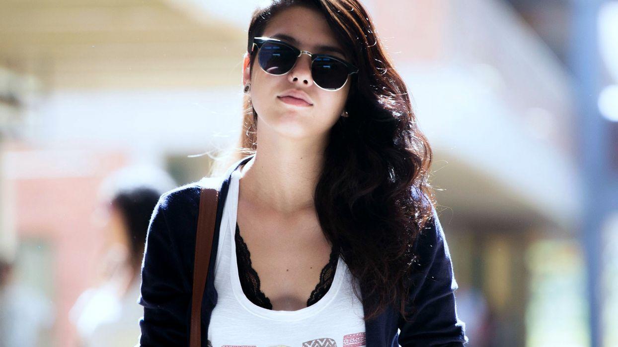 brunettes women Sun models glasses wallpaper